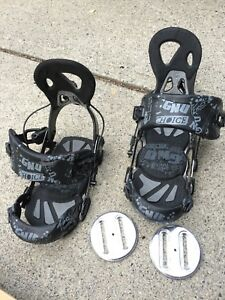 Snowboard bindings GNU rear entry