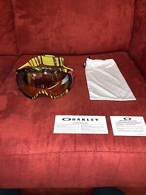 Oakley 59-696 Canopy Stumped Rasta w/ VR 60  Snow Ski Goggles .