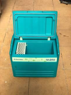 Electrolux 3-way fridge/freezer