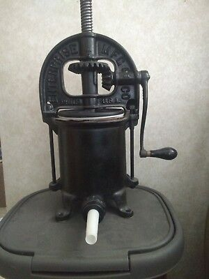 Enterprise 4 Quart Cast Iron Sausage Stuffer Complete Mint Working Condition