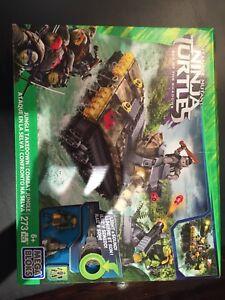 Mega Bloks Teenage Mutant Ninja Turtles - Jungle Takedown -BNIB