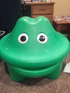 Turtle toy box