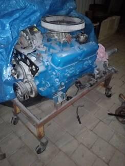 Valiant v8 engine