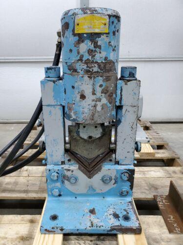 """4"""" X 4"""" X 1/4"""" Whitney Hydraulic Angle Iron Shear, 606 B, 18 Ton, 230V, 3PH"""