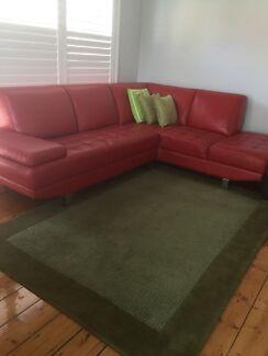 HALI Woolen rug & cushions