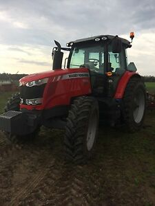 Massey 7615 Tractor JD 230 Farm Disc