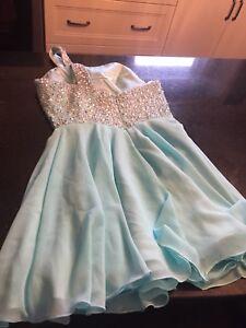 Beautiful touquoise prom sress