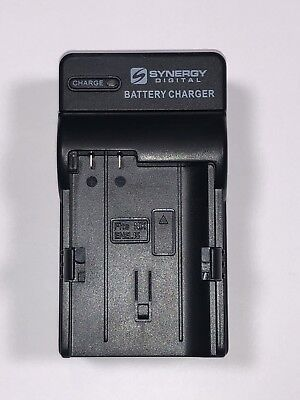 Synergy Digital Battery Travel Charger SDM-1536 For Nikon EN-EL15 Batteries