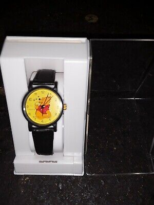 Vintage Winnie The Poo Watch Disney Collectible Black Band Made in Hong Kong
