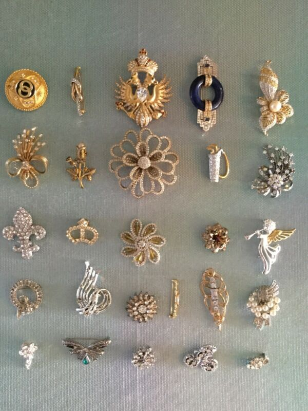 Vtg Costume Jewelry Pin Brooch Clear Crystal Rhinestone Lot of 26