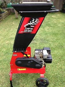 Rover Chip and Shred garden mulcher 5hp Panania Bankstown Area Preview