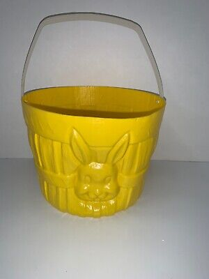 VINTAGE GENERAL FORM PLASTIC BLOW MOLD MOLDED EASTER BASKET BUCKET YELLOW  - Plastic Easter Buckets