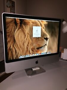 Apple iMac Mid-2007 24in Screen -  ***Mint Condition***