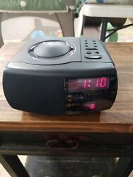 GPX D700 Compact Disc AM/FM stereo dual alarm clock radio Works