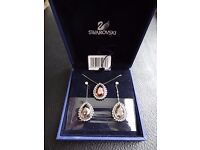Swarosvki Crystal Mady Pierced Earrings and Necklace Set 1062764