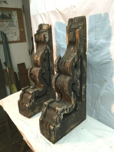 Large 24in Pair ANTIQUE WOODEN CORBEL VICTORIAN SHABBY  DISTRESSED PAINT