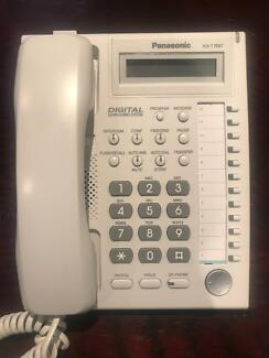 Panasonic Hybrid IP PBX TDA200 system with 48 handsets