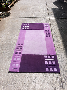 New fashion design Rug ( big sale look other items ) Roxburgh Park Hume Area Preview