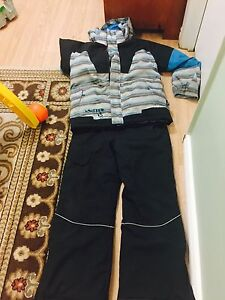 Snow pants and  jacket size 12 Kitchener / Waterloo Kitchener Area image 1