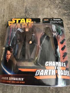 Anakin Skywalker changes to Dart Vader - Hasbro action figure