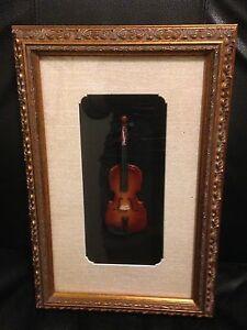 Shadow box fiddle