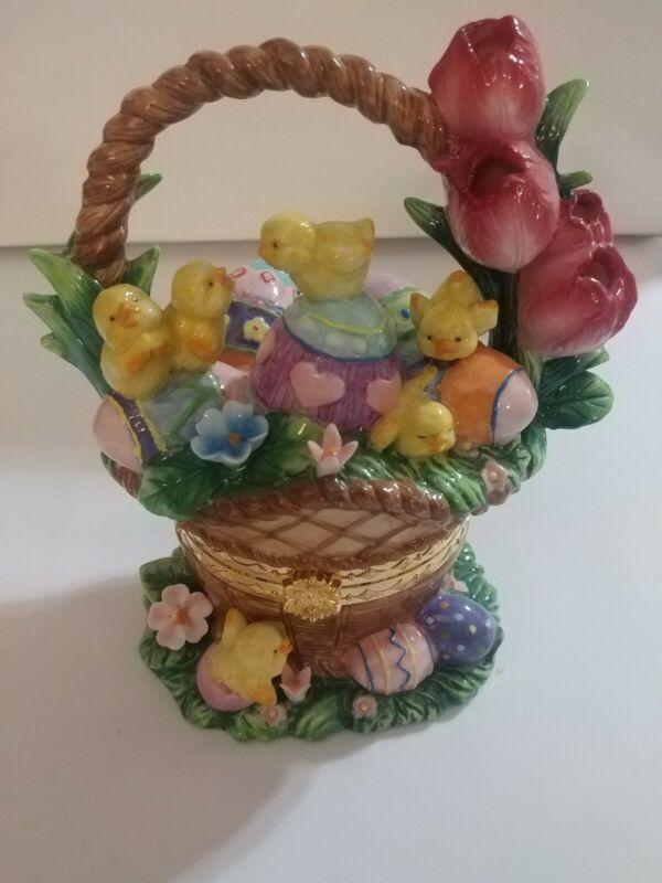 Ceramic Hinged Easter Basket with Eggs/Chicks Trinket Box