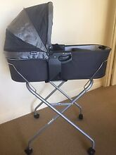 Valco Baby Bassinet and Stand Ulverstone Central Coast Preview