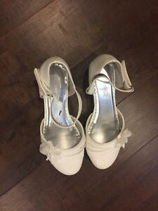 Girls cute dress shoes (Listed price or best offer)