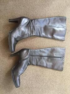 Fashionable ladies boots, black size 9.5 Richmond Yarra Area Preview