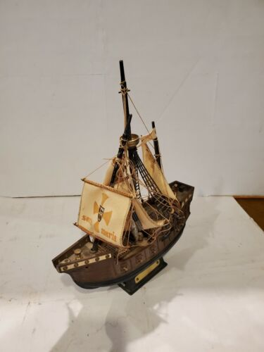 Santa Maria Nautical Ship Novelty Transistor Radio Works selling as is