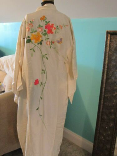 Vintage Estate Japanese Silk Colorful Floral Embroidered Belted Kimono Robe