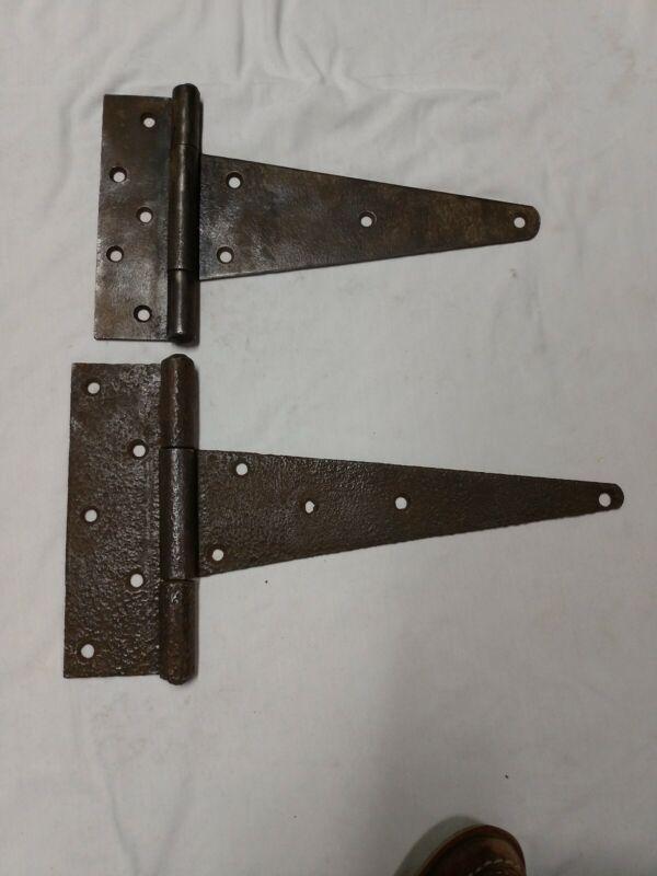 VTG. ANTIQUE 2 LARGE CAST IRON PIN BARN DOOR  Hinges Heavy Duty