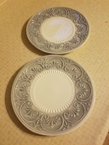 Maioliche Jessica Ceramic Gray Embossed 9 Plates Set Of 2 Made In Italy  - $8.99