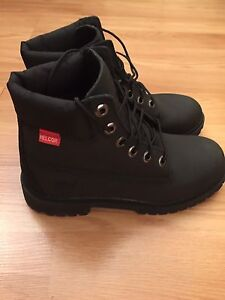 Timberland Black Girls Brand New in Box Size 5.5 fits 7-7.5