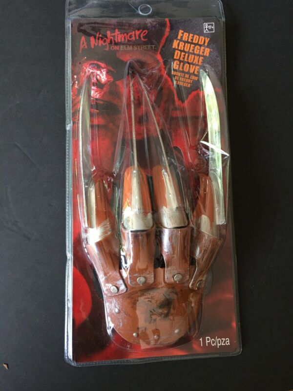 Freddy Krueger Deluxe Fabric Glove With Metal Knife Portion On Top-Scary!