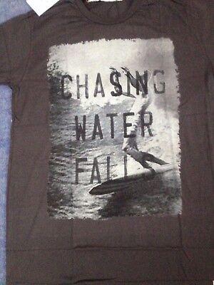 Iron and Resin Chasing Water Falls T-Shirt - Black Medium