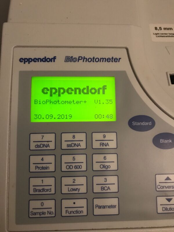 NICE Eppendorf BioPhotometer 6131 Spectrophotometer DNA RNA PROTEIN + Printer