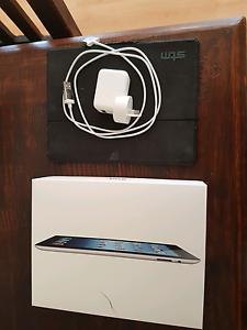 Black Apple iPad 3 32 GB wifi + cellular Glenwood Blacktown Area Preview