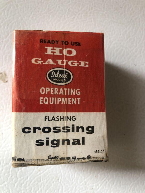 Vintage Ideal Model Ho Gauge Flashing Crossing Signal B-105 W Box