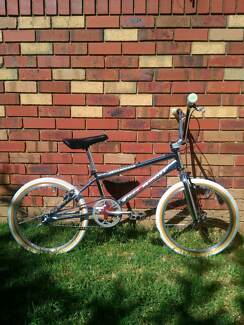 "FREE AGENT ""Ambush"" 1996 Large, Teen or Adult, BMX Bike, Bicycle."