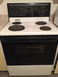 Perfectly Maintained Whirlpool Stove