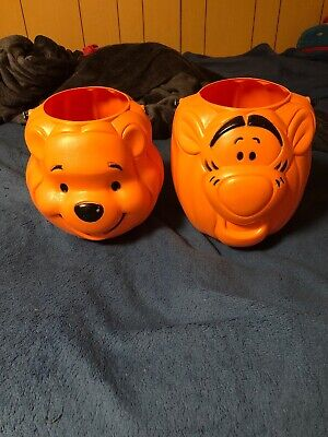 WINNIE THE POOH And Tigger Blow Mold TRICK or TREAT Candy Pail Bucket Halloween