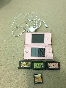 Pink DS lite and games Wilberforce Hawkesbury Area Preview