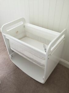 Natures Purest baby Bassinet Hawthorne Brisbane South East Preview