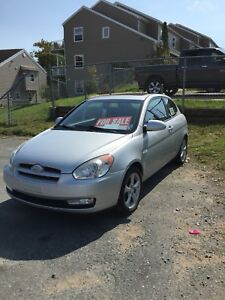 2008 Hyundai Accent 5 spd *NEED GONE TONIGHT*