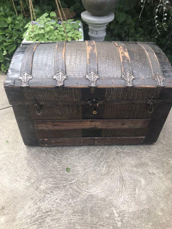 1800s Antique Travel Trunk Humpback Pressed Tin Faux Alligator Treasure Chest A+