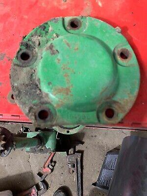 John Deere 24 T Baler Main Gear Case Bearing Cover No Shims E15465e