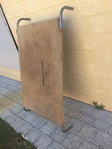 Jumbo hesh and bag dog bed Baldivis Rockingham Area Preview