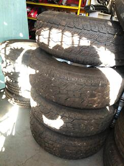Nissan Rims and tyres  P265/75/R16