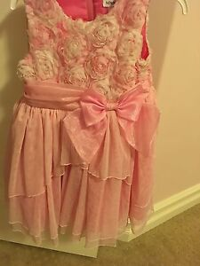 Newberry size 3 beautiful dresss!